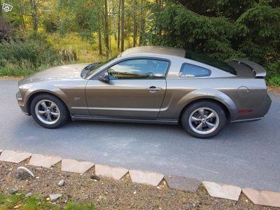 brugt Ford Mustang GT 05 V8 305hk -05