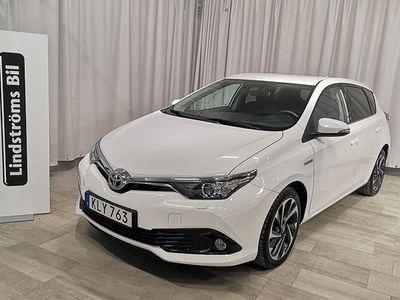 begagnad Toyota Auris Hybrid 1.8 Active Plus 2016, Halvkombi 164 000 kr
