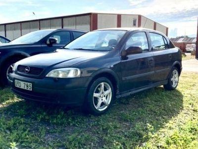 begagnad Opel Astra besiktigad & skattad