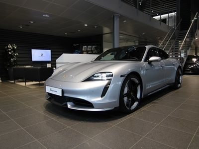 begagnad Porsche Taycan Turbo 2020, Personbil 1 936 600 kr