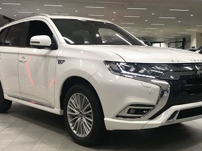 begagnad Mitsubishi Outlander P-HEV 2.4 4WD BUSINESS X PRIVATLEASING