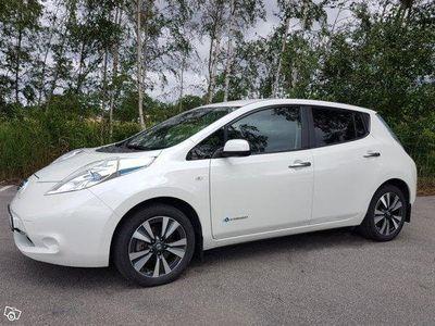 begagnad Nissan Leaf Tekna 30 kWh 6,6 kW ladd 5650 mil -17