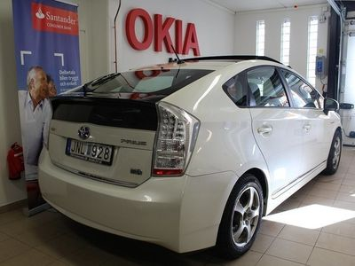 begagnad Toyota Prius HSD TAKLUCKA SOLCELL NYSERVAD -09