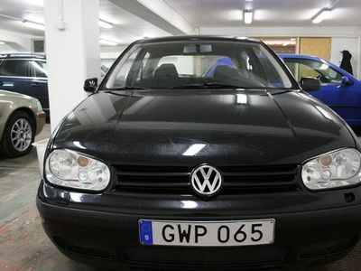 begagnad VW Golf 3-dörrar 1.6 100hk -99