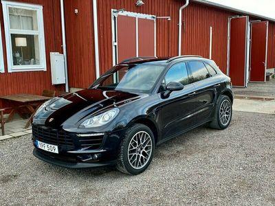 begagnad Porsche Macan PDK SVENSKSÅLD 20TUM DRAG EURO6 252HK