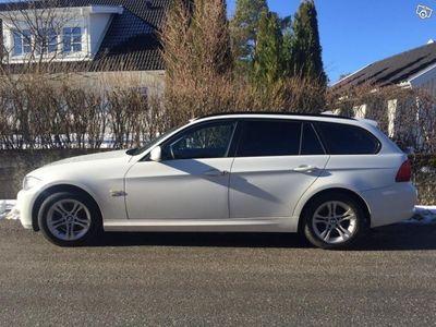 begagnad BMW 320 d Xdrive -12