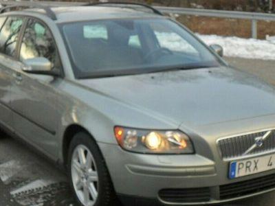 begagnad Volvo V50 2.0 D Kinetic 136hk (806:-/mån)