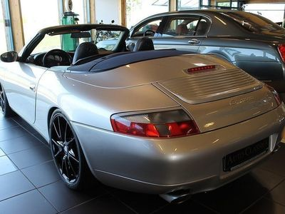 begagnad Porsche 911 Carrera Cabriolet 996