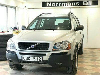 begagnad Volvo XC90 2.5T AWD Automat 7Sits/Nykam&Bes/Drag/M+Vär/210hk