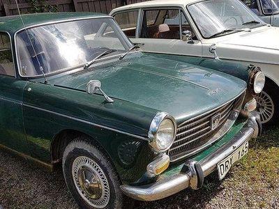 begagnad Peugeot 404 Grön Taklucka bra objekt