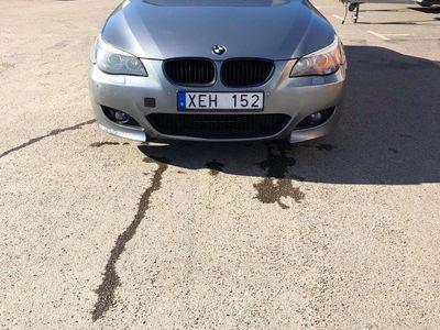 begagnad BMW 523 Sedan Sliver metallic