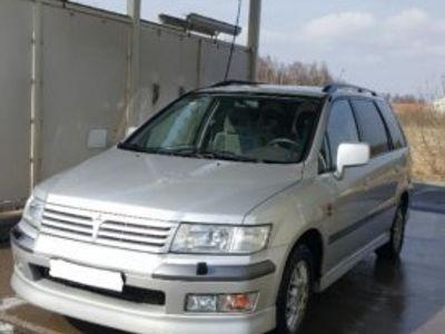 begagnad Mitsubishi Space Wagon 6 sits med mkt utrymme -99