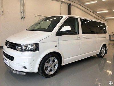 begagnad VW Multivan T5 NYBESIKTIGAD NYSERVAD !