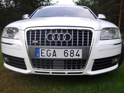 begagnad Audi S8 5.2 V10 FSI quattro