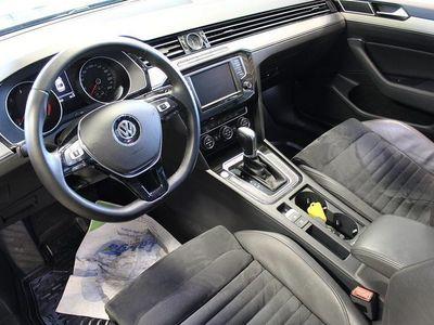 begagnad VW Passat 2.0 TDI BiTurbo 4motion D-värm fjärr