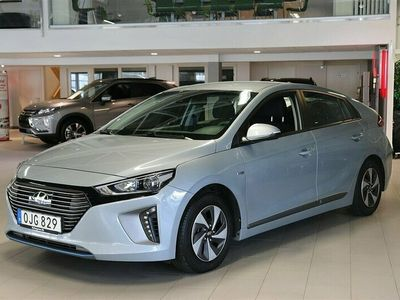 begagnad Hyundai Ioniq Hybrid ComfortEco Backkamera Bluetooth Vinterhjul Aut