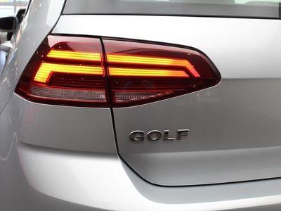 begagnad VW Golf 1.0 TSI 110HK / App - Connect