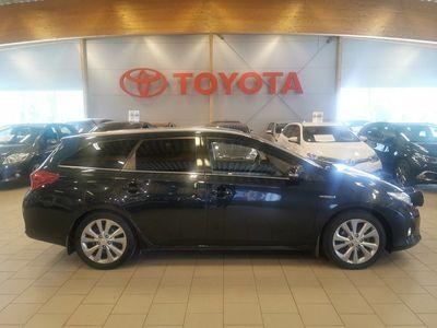 begagnad Toyota Auris Touring Sports Hybrid Edition 50/V-hjul