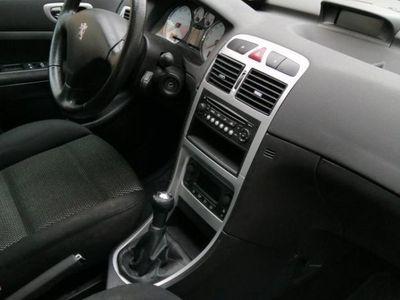 begagnad Peugeot 307 1,6 bioflex