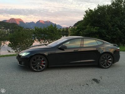 begagnad Tesla Model S P85+ Autopilot, Pano & ALL utr -15