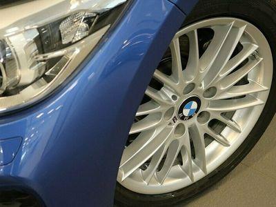 begagnad BMW 118 i 5-door M Sport Sportstolar HiFi M läderratt