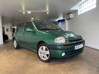begagnad Renault Clio 1.4 5DR / Automat / Värmare / AC