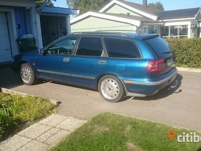 begagnad Volvo V40 T4 200hk 1998