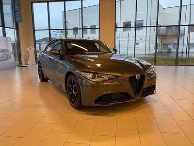 begagnad Alfa Romeo Giulia Sprint 200 hk Automat