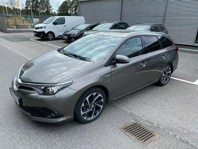 begagnad Toyota Auris Touring Sports Hybrid 1.8 VVT-i + Comfort Euro 6 136hk