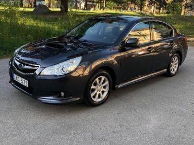begagnad Subaru Legacy 2.0D 4WD150hk Drag -11