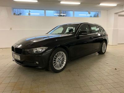 begagnad BMW 320 d Touring Luxury Line 184hk