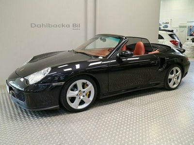 begagnad Porsche 911 Turbo S Cabriolet 450hk