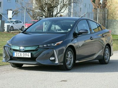begagnad Toyota Prius Plug-in Hybrid Active 2018, Halvkombi Pris 229 000 kr