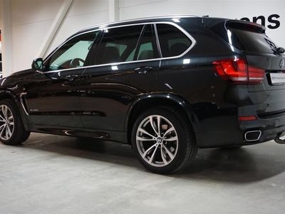 begagnad BMW X5 xDrive 30d M-Sport Panorama 7-Sits Hk