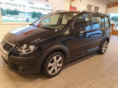 begagnad VW Touran Cross 1.4 TSI 7-sits 140hk 0 -07