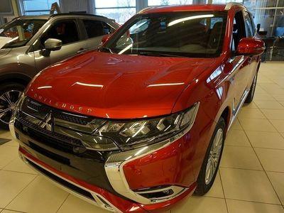begagnad Mitsubishi Outlander P-HEV 2.4 Hybrid 4WD CVT Euro 6 230hk Business X