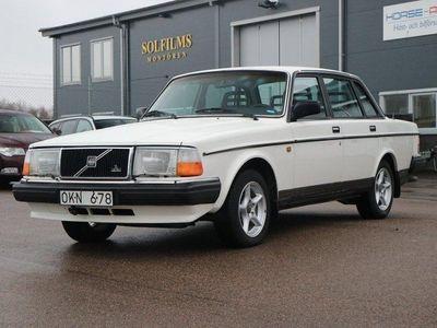 begagnad Volvo 240 15700 MIL