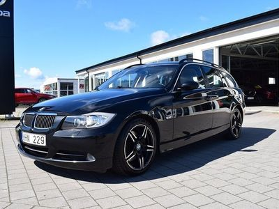 begagnad BMW 330 i Touring Automat Comfort Dynamic (25