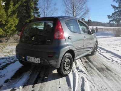 begagnad Peugeot 107 1.0 5d -07