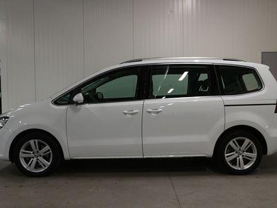 begagnad VW Sharan TDI 150 DSG6/Panorama/Drag/P-värmare/Premium