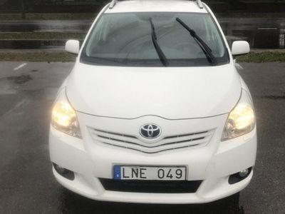 begagnad Toyota Verso 1.8, 7 sits -11
