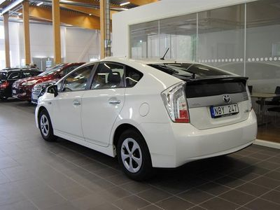 begagnad Toyota Prius 1,8 Plug-in Hybrid // Business // Automat
