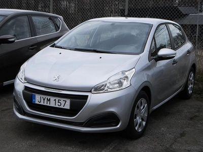 begagnad Peugeot 208 NYA COOL PureTech 2016, Halvkombi 118 800 kr
