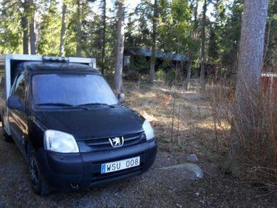 begagnad Peugeot Partner 2.0 HDI -05