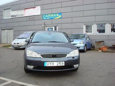 begagnad Ford Mondeo Halvkombi 2.0 -04