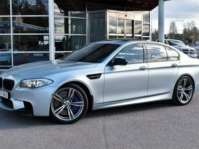 begagnad BMW M5 560HK TAKLUCKA NIGHT VISION SVENSKSÅLD SE SPEC