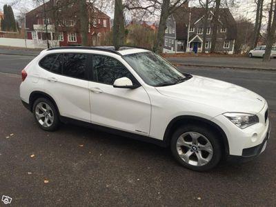 begagnad BMW X1 xDrive20d, Panoramatak, Dragkrok -13