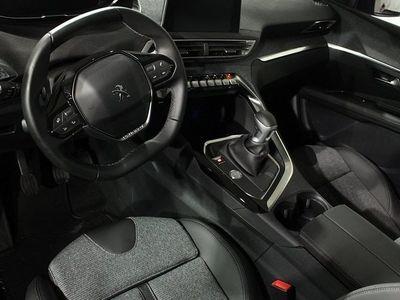 begagnad Peugeot 309 3008 ALLURE BlueHDi 120 2017, Halvkombi400 kr