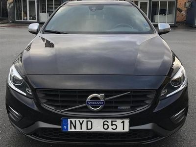 begagnad Volvo V60 D5 215hk / R-Design / Business Edition