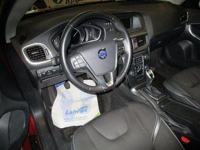 begagnad Volvo V40 D3 Momentum
